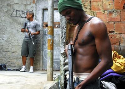 Atletas do tiro aguardam ansiosamente os jogos do Rio